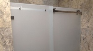 Etched Opto Sliding shower screen